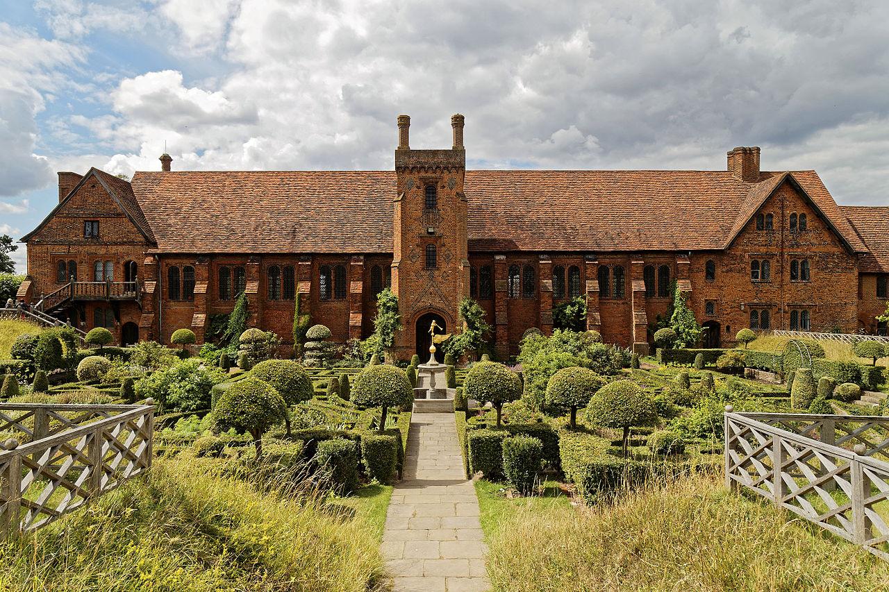 an image of Old Palace Hatfeidl, Hertfordshire