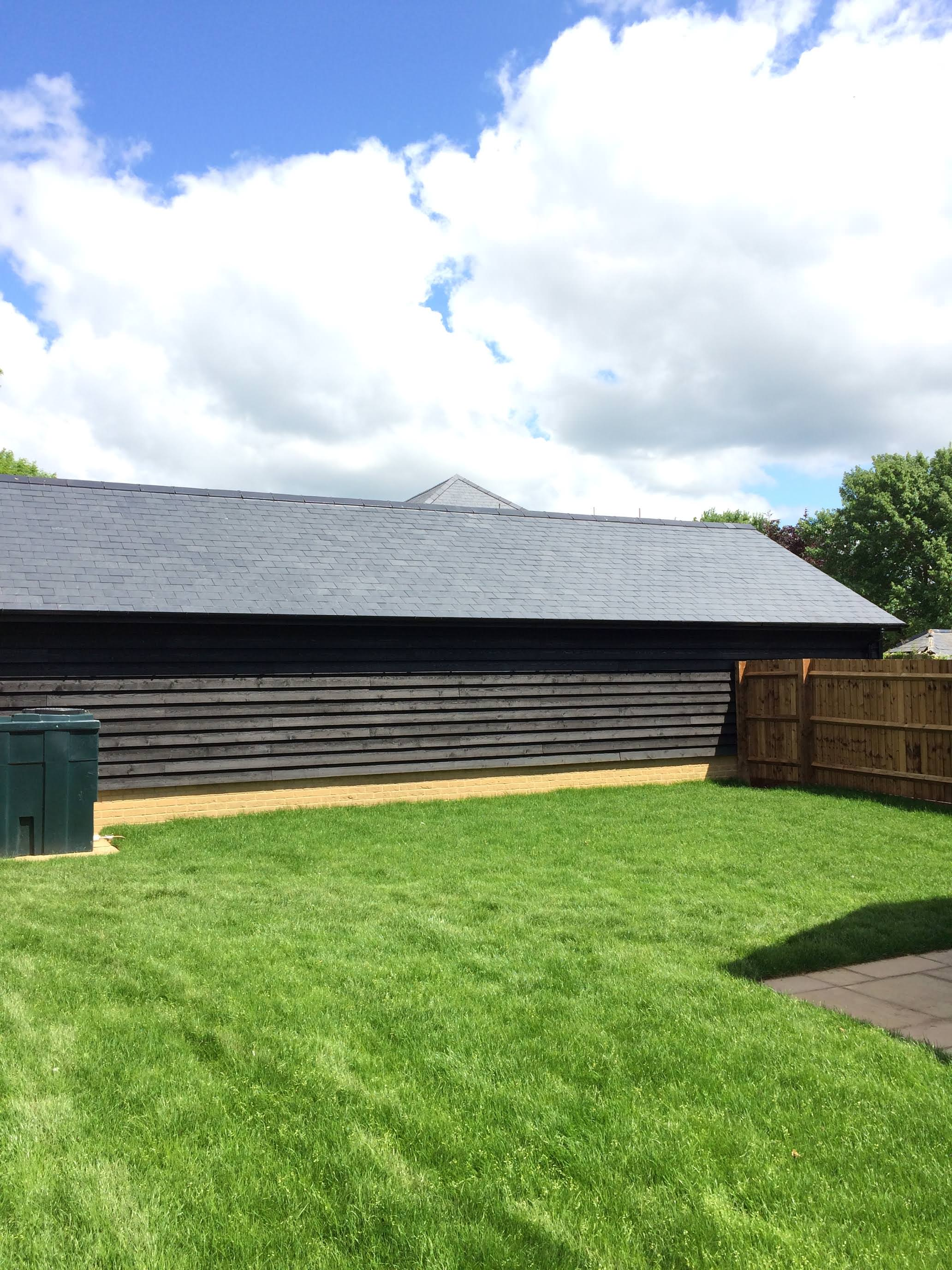 an image of The Wrestlingworth Guttering Project, showing the side of the extension and the work completed by AJ Scutchings and Son
