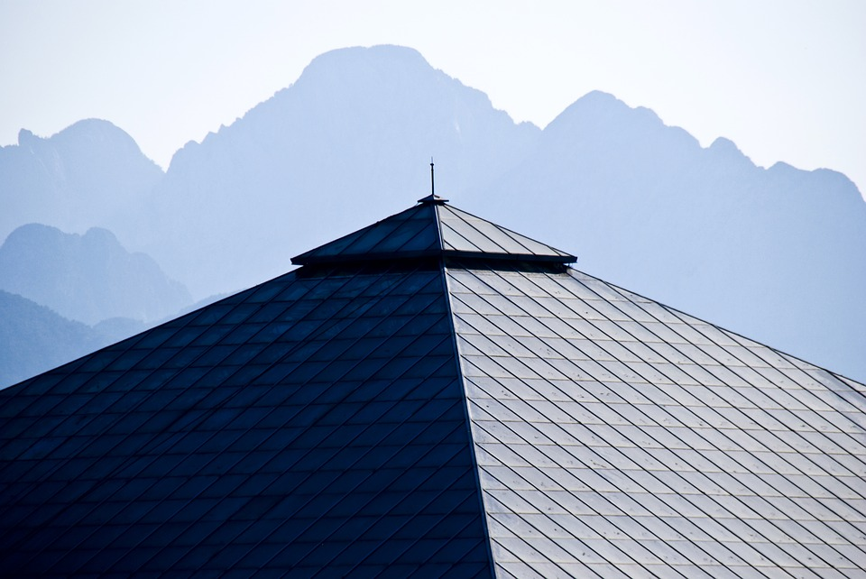 an image of a hip roof